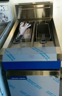Blue Seal Twin Tank Deep Fryer (LPG) - Item 8382